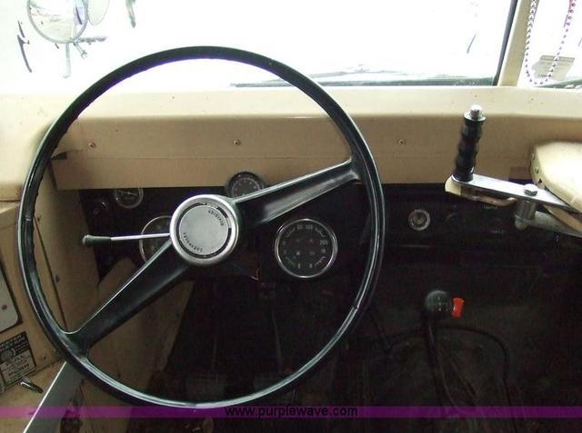 Converted schoolbus steering wheel