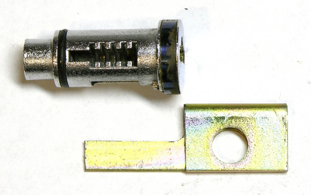 Wafer lock with homemade key blank