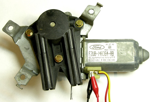 Automotive power window motor assembly