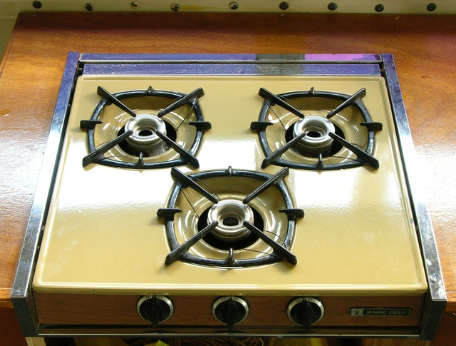RV gas cooktop
