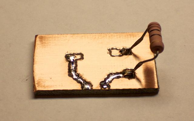 Luxeon prototype board, resistor soldered