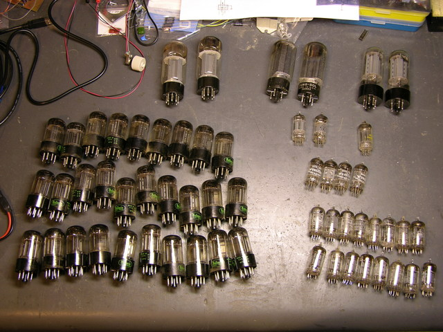 Vacuum tubes from Baldin 45HP2 electronic organ
