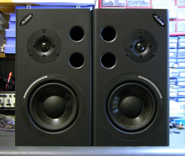Alesis M1 Active mk2 speakers