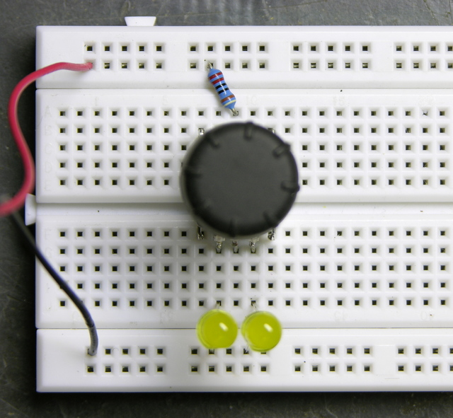 Rotary encoder, two LEDs off