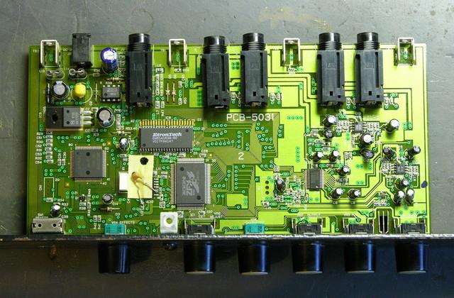 Zoom Studio 1201 PCB