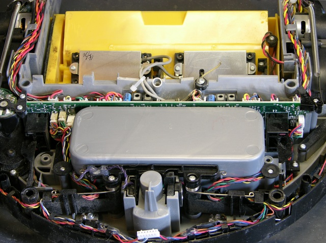 Roomba Scheduler interior, battery side