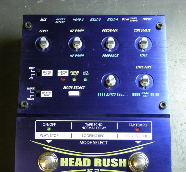 Akai Headrush E2 Delay/Loop controller, cleaned