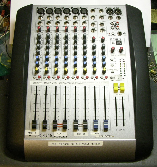Soundcraft Spirit E6 Audio Mixer