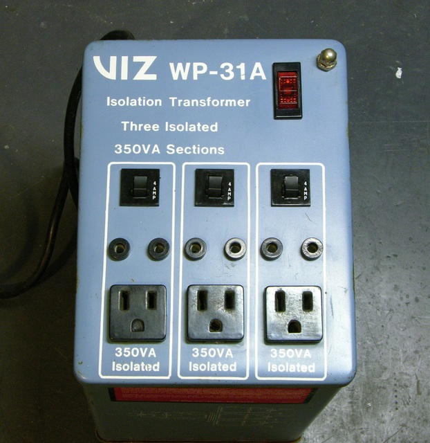 Viz WP-31A isolation transformer with carrying handles removed