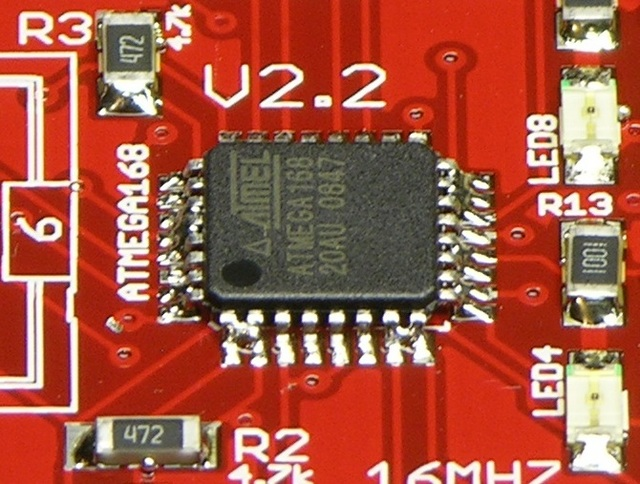 Reflow-soldered IC with bridged pins