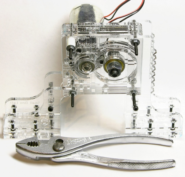 MakerBot CupCake extruder feed assembly