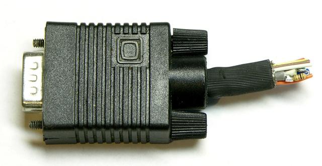 VGA dongle, resistor view