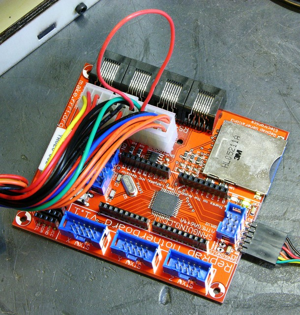 MakerBot CupCake motherboard with power supply jumpered for initial programming
