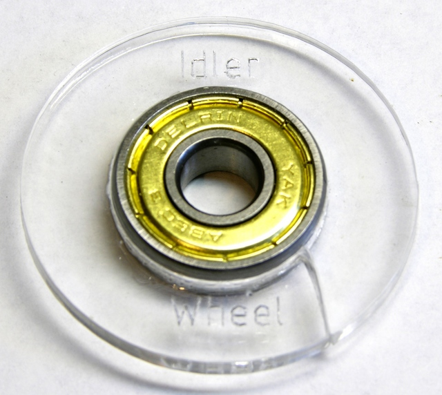 Broken idler wheel from MakerBot CupCake plastruder