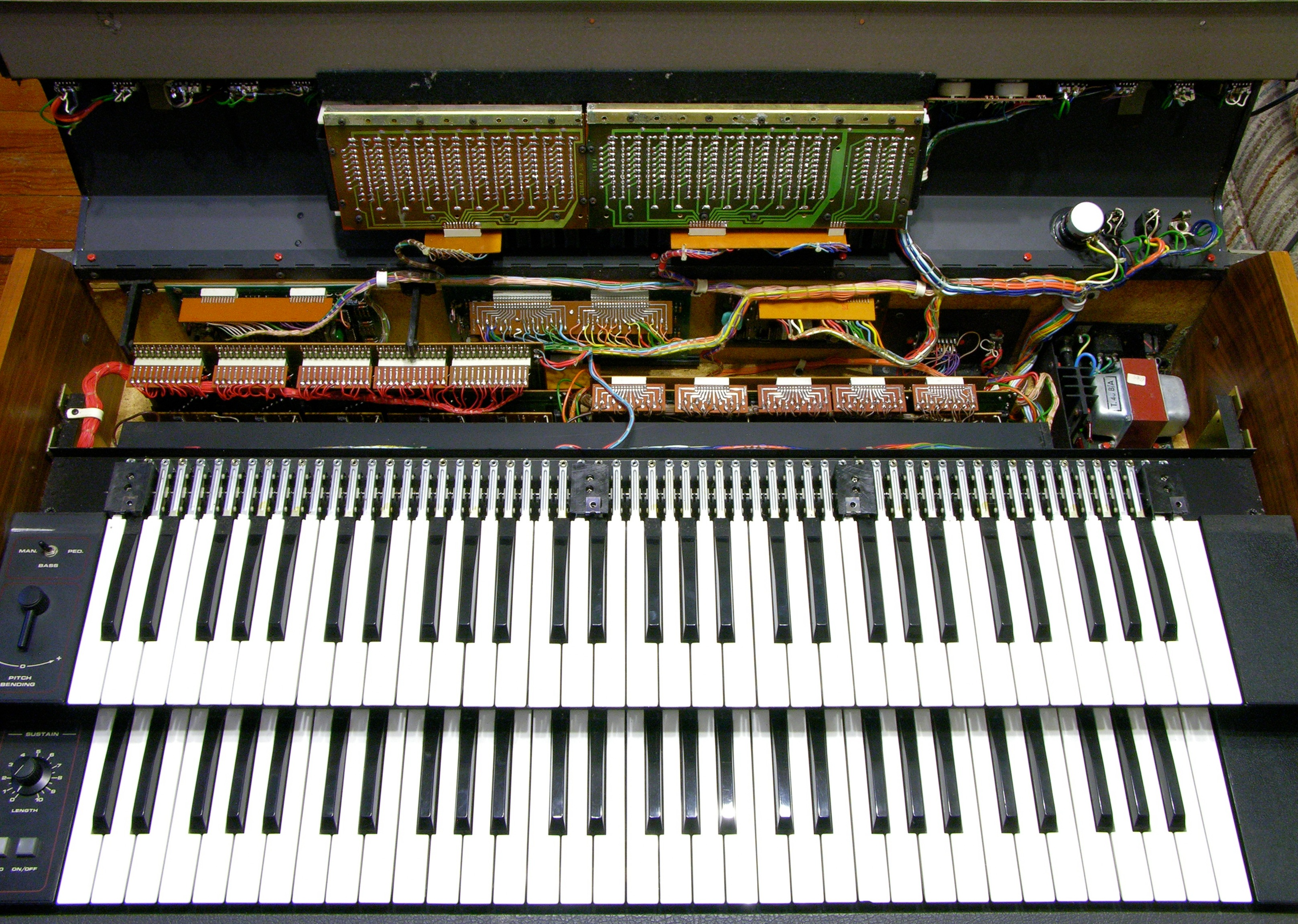 """New"""" Crumar T2 Organ Part 2: Easy Fixes and Investigation « Keith's"""