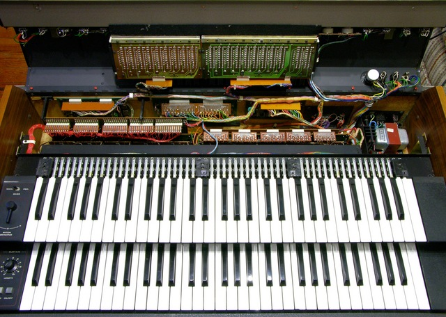 Crumar T2 organ with control panel lifted