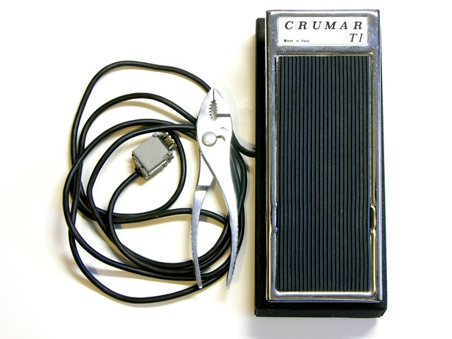 Crumar T1 organ swell pedal