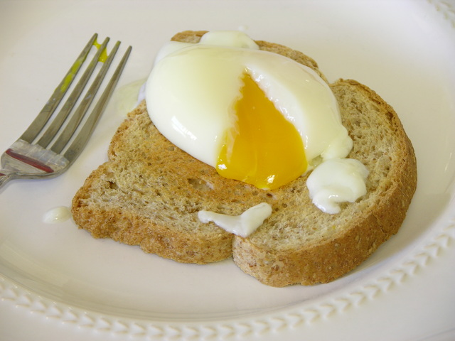 Toast and egg cooked at 64C for 90 minutes