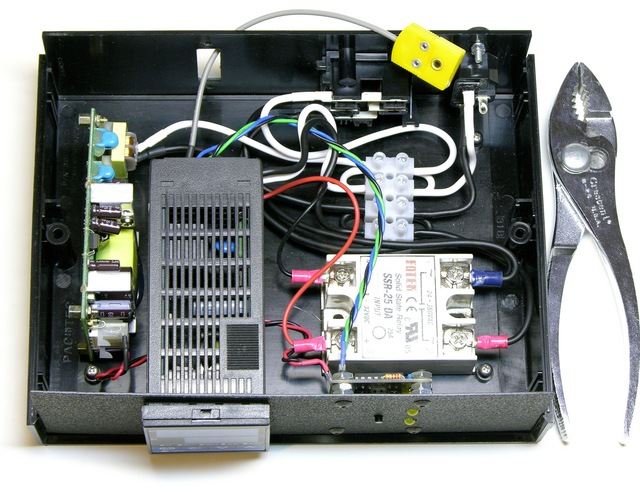 PID crockpot controller interior