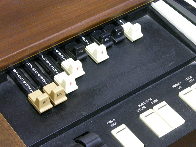 Hammond XB-2 drawbars