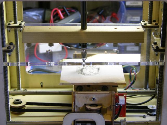 Pen mounted in MakerBot CupCake