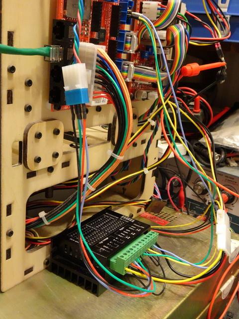 MakerBot CupCake using external stepper driver module for Z axis