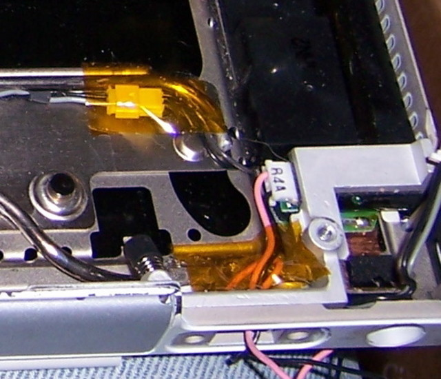 PowerBook G4 550 Hibernate Light Connector