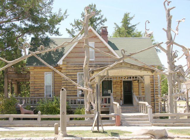Garden of Eden, Lucas, KS: front of house