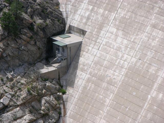 Gross Dam, Colorado: spillway shack